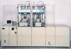 Kundenspezifische Helium-Dichtheitsprüfanlagen