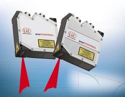 Laserlichtschnittsensor zur Spaltmessung gapCONTROL 2711-100