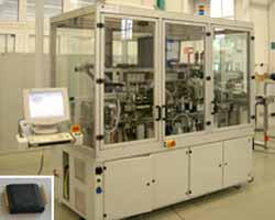 Formautomat für elektronische  Bauteile