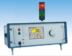 Funktions- und Sicherheitsprüfgerät DH-410.01B