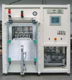 End-of-Line-Qualitätskontrolle von Einspritzleitungen mit Helium-Dichtheitsprüfung