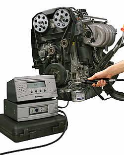 Leck-Lokalisierung an montierten Pkw-Motoren