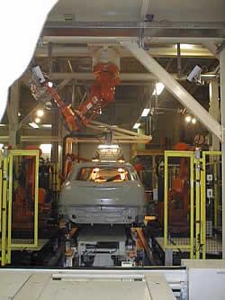 Positionsbestimmung von Fahrzeug-Dachnähten